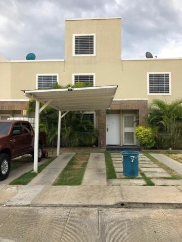 Casa En Venta Caminos De Tarabana 20-2392 Ecm