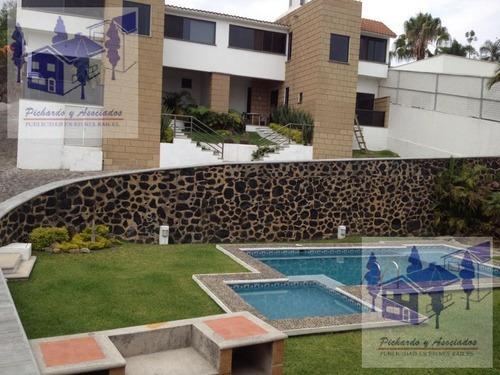 Se Vende O Renta Casa De 3 Recamaras Y Alberca En Lomas De Cortes Cuernavaca