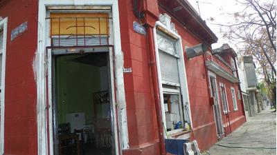 San Martin Y Bvar. Artigas A Reciclar!! Casa Y Local Fcio