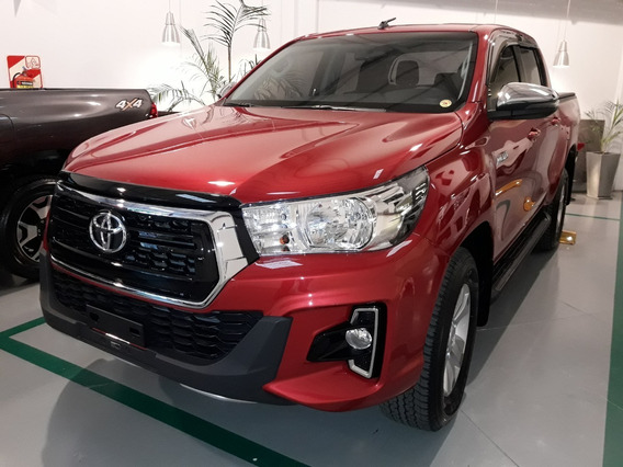 Toyota Hilux 2.8 Cd Srv 177cv 4x4 At 2020