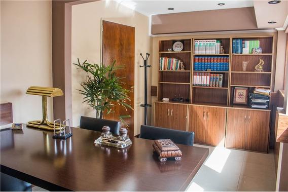 Oficina,unica,110 M2,fte,,recoleta,t.colon,coch.
