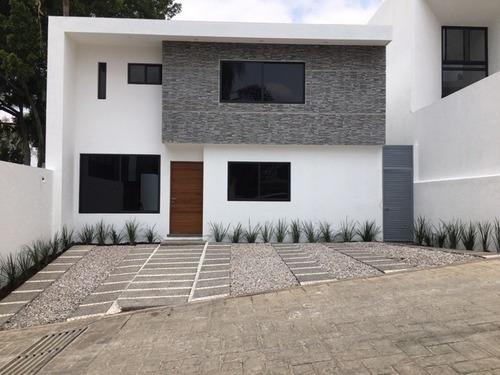 Venta Casa Nueva En Fraccionamiento Con Alberca Y Seguridad Col. Jardines De Delicias Cuernavaca