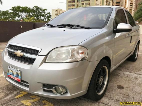 Chevrolet Aveo Lt - Automática