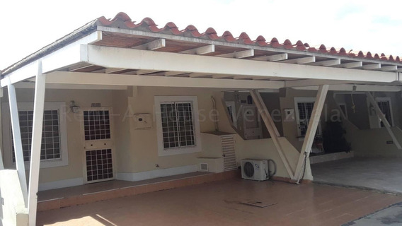 Hermosa Casa En Venta En Cabudare #20-9122