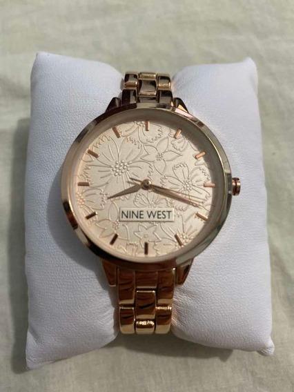 Reloj Para Dama Nine West Chapeado En Oro Nw2226chgp Dorado