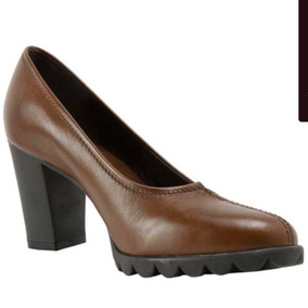 Zapatos Café Hush Puppies