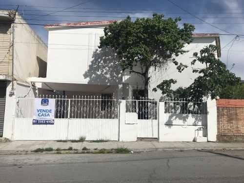 Casa En Venta En Saltillo En Zona Centro