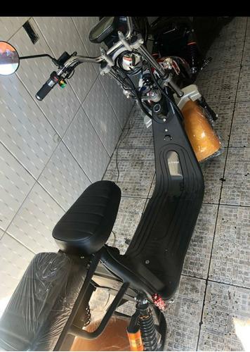 Imagem 1 de 4 de Moto Elétrica