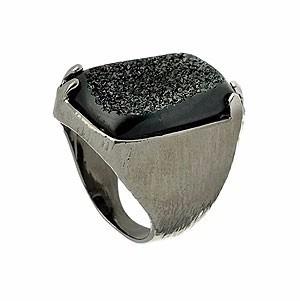 Anel Lixado Com Banho Onix E Pedra Drusa Sintética Retangula