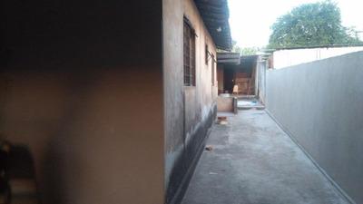 Casa Em Umuarama, Araçatuba/sp De 200m² 4 Quartos À Venda Por R$ 180.000,00 - Ca82088