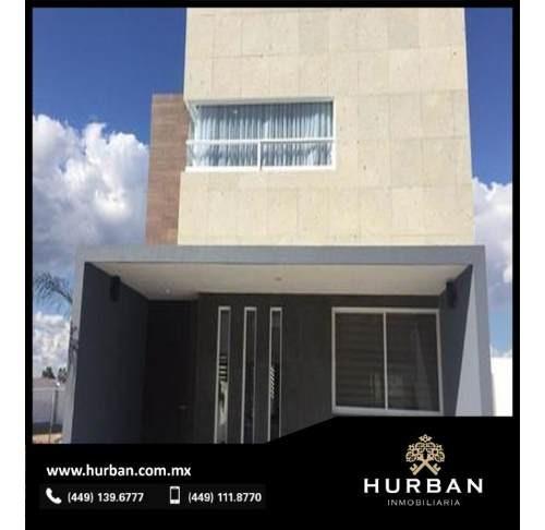 Hurban Vende Casa Inteligente Al Norte.