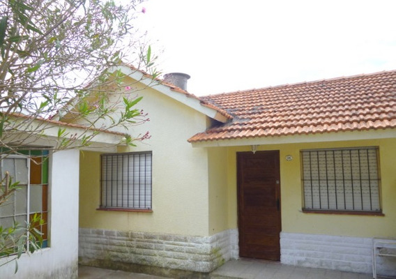Casa Con Cochera Santa Teresita