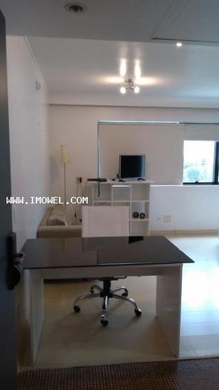 Flat Para Temporada Em São Paulo, Moema, 1 Dormitório, 1 Banheiro, 1 Vaga - Melia_1-1064991