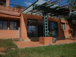 Alquiler De Espectacular Anexo En Cerro Verde / Ac 20-17350