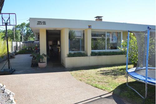 Casa 4 Dormitorios, Muy Linda Zona En Paysandú