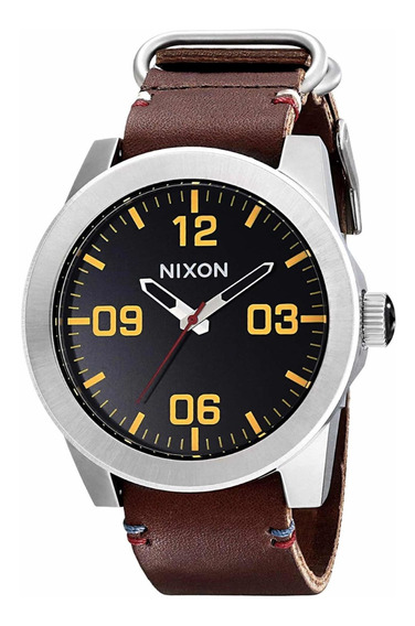 Relógio Nixon Masculino Corporal Series Pulseira Em Couro