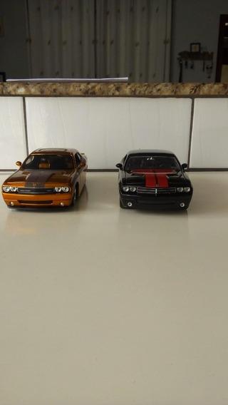 Dodge Challenger Cobre - Maisto