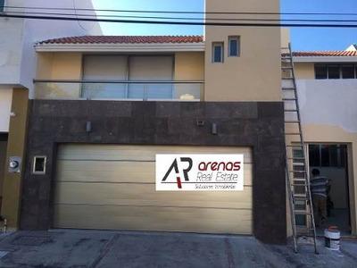 Residencia En Costa De Oro