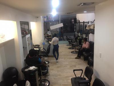 Vendo Salon De Belleza 2 Niveles Funcionando Full, Piantini