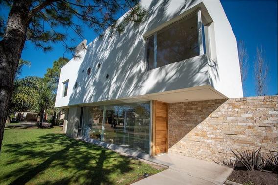 El Paso - Casa En Venta - Moderna A Estrenar