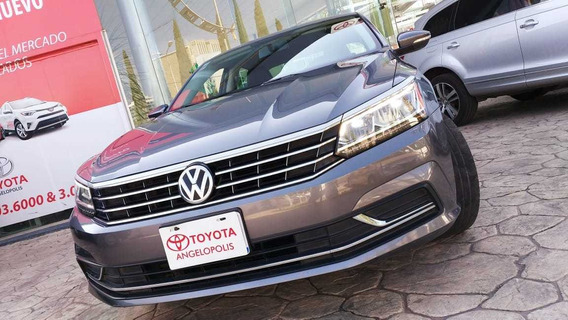 Volkswagen Passat 2,5 Sportline At