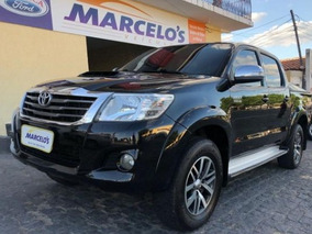 Toyota Hilux 3.0 Cab. Simples 4x4 2p