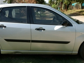 Ford Focus 1.8 I Ambiente 2004