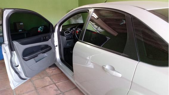 Ford Focus Sedan 2.0 Glx