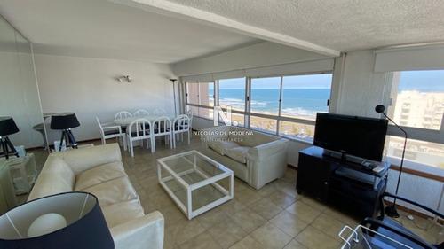 Apto 3 Dormitorios  3 Baños En Peninsula Cuenta El Edificio Con Servicio De Playa -ref:557