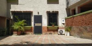 Casa En Venta Ciudad Alianza Guacara Código 20-8027 Raco