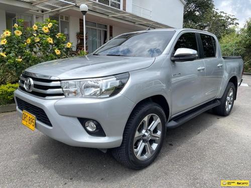 Toyota Hilux Srv 2.8