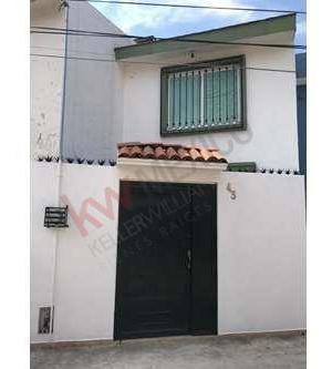 Casa En Venta En Jardines De Santa Isabel, Guadalajara