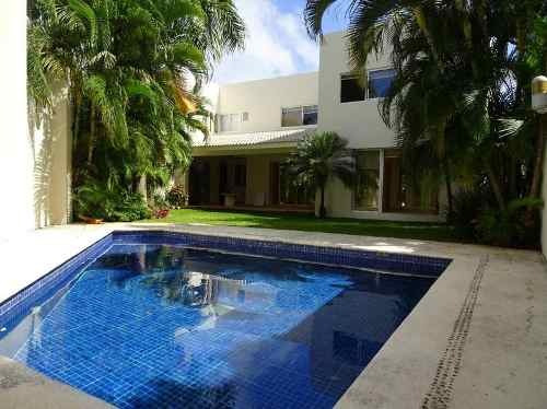 Residencia En Venta En Villa Magna. De Lujo 4 Recs. Smz 310. Cancún