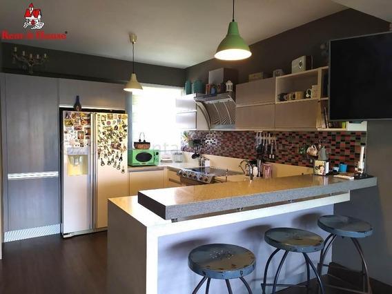 Apartamentos En Venta En Las Trinitarias 21-1445 Rg