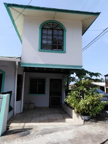 Imagen 1 de 13 de Anexo De Dos Habitaciones, Estacionamiento Dos Pisos
