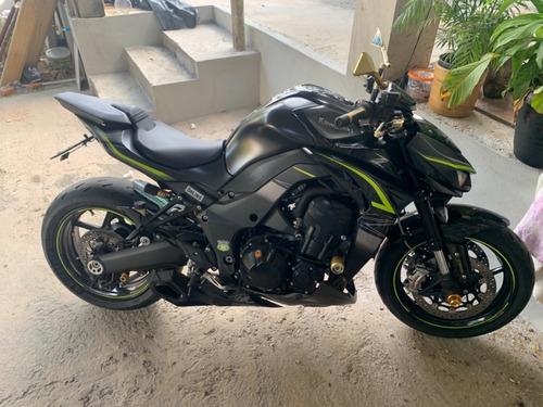 Moto Z1000