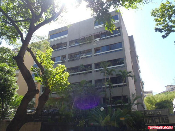 Apartamentos En Venta. Mls #18-5831