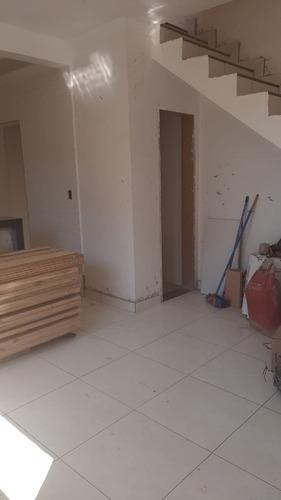 Imagem 1 de 8 de Casa Duplex À Venda, 2 Quartos, 1 Vaga, Liberdade - Santa Luzia/mg - 2980