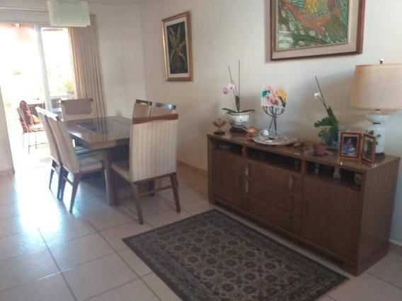 Casa 03 Dormitórios - Sta Cândida - Ca0968