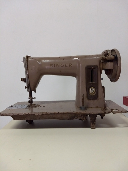 Máquina De Costura Antiga Marrom Marca Singer