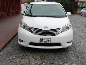 Toyota Sienna Xle At