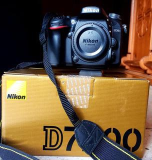 Cámara Nikon D7200 Con Lente 35mm 1.8gdx