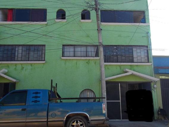 Casa En Venta En El Seminario 1a Sección.