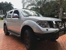Nissan Pathfinder 2.5 Le 5p
