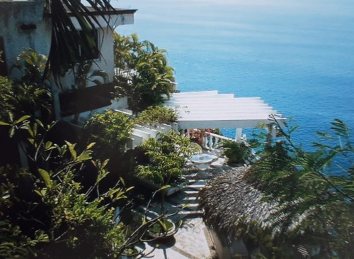 Balcones Al Mar Casa Sobre Acantilado Con Espectacular Vista
