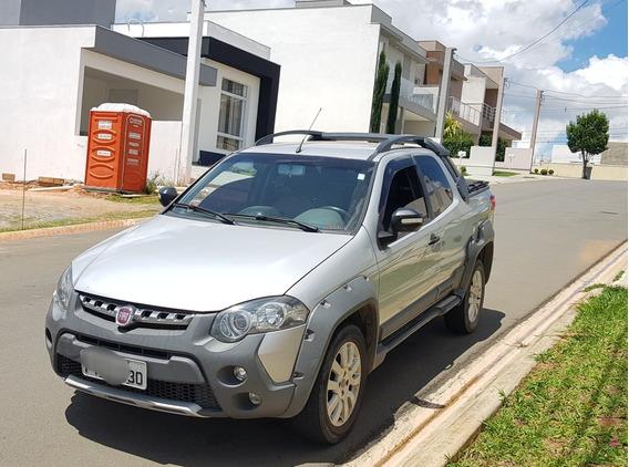 Fiat Strada 1.8 16v Adventure Cab. Dupla Flex 3p 2014