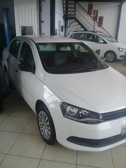 Volkswagen Voyage 1.6 Comfortline Plus 101cv 2014