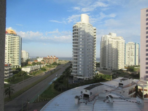 Venta De Apartamento 3 Dormitorios Playa Brava Punta Del Est