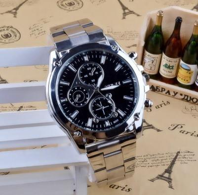 Relógio Prata Em Aço Inoxidável