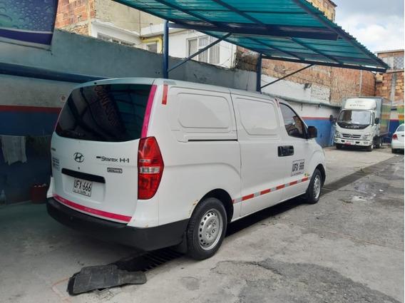 Hyundai H1 Cargo. En Muy Buen Estado
